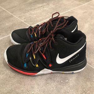 🏀 kids Nike Kyrie 5